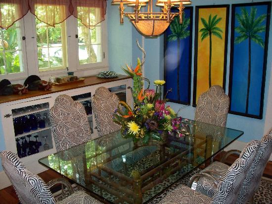 Coconut Cottage Inn: Dining Room
