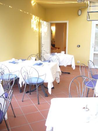 Hotel Garni Al Caval : Frühstücks Terasse