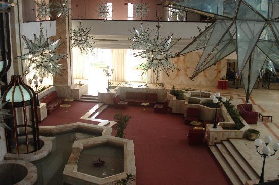 Kuriat Palace: vue de l etage