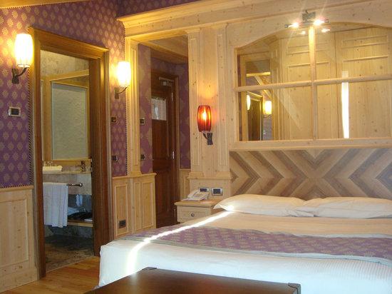 Cristal Palace Hotel: camera