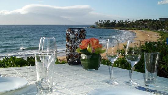 Four Seasons Resort Maui At Wailea Ferraro S Restaurant And Beach View