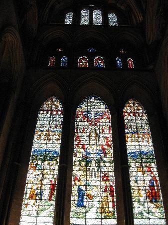 Salisbúria, UK: Salisbury Cathedral April 2008