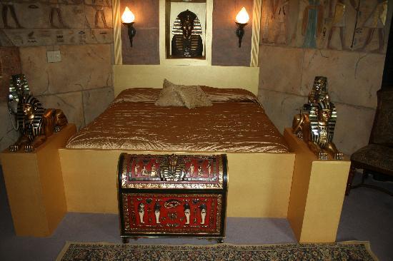 Quality Inn & Suites Gatlinburg: Pharaoh Room - Theme Room