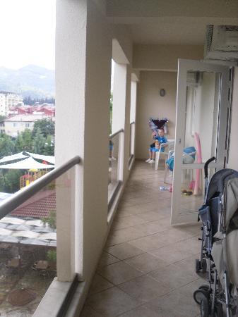 Julian Club Hotel: balcony of 2 bedroom deluxe apt!