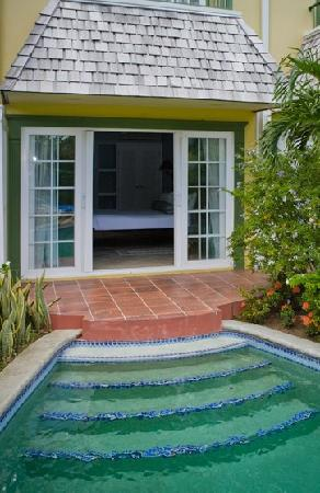 Coco Palm Resort: Coco Palm Swim Up Room