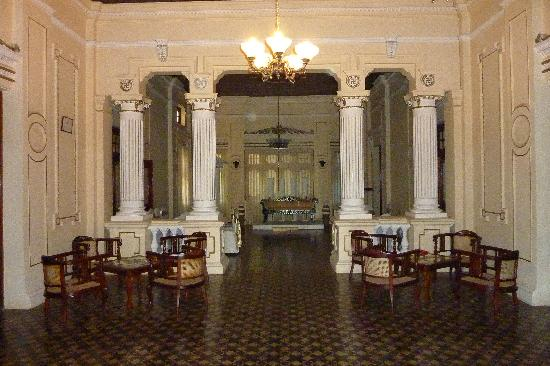 The Mansion: Entry hall