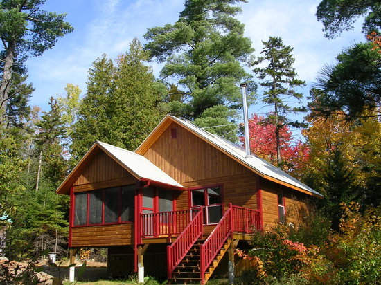 Saint-Romain, Canada: Chalet Legendre au lac des Îles