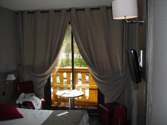 Pra Loup, France : chambre lumineuse