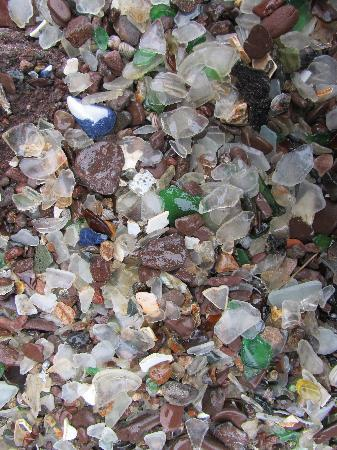 Riverwood Inn: Glass Beach in Springdale