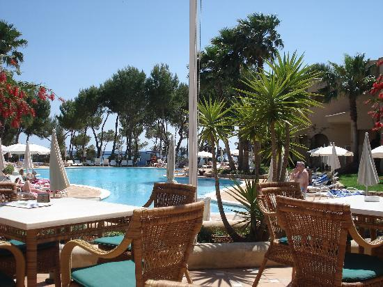 Grupotel Santa Eularia Hotel: Poolbar