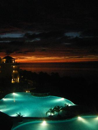Iberostar Rose Hall Beach Hotel: jamaican sunset