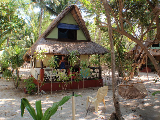 Pandan Island Resort: the huts