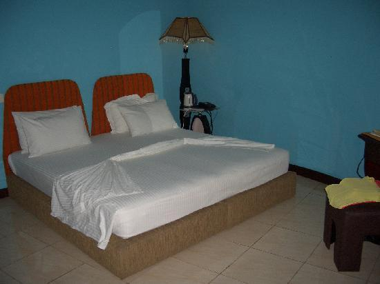 Central Boutique Inn: Clean, quiet room with comfy bed and wifi.