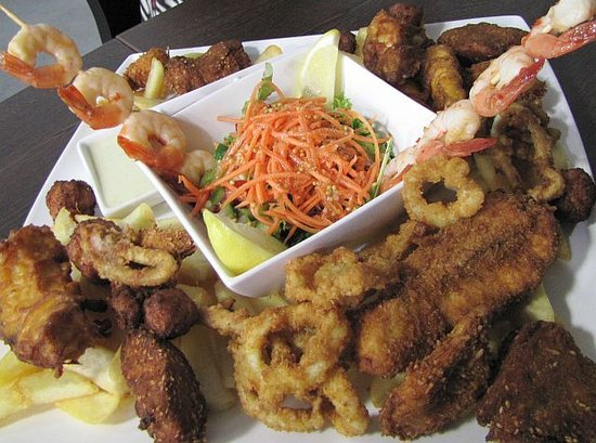 Burnie, Australia: Seafood platter for two