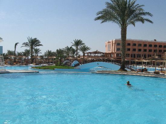 Albatros Resort Hotel Hurghada : piscina