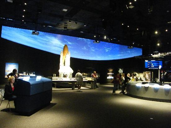 National Air and Space Museum: Moving Beyond Earth