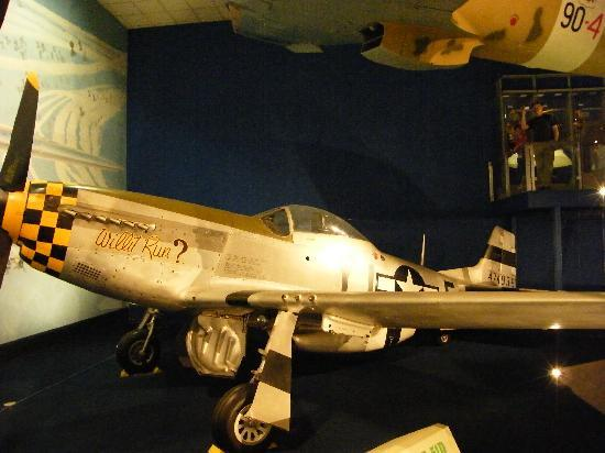 National Air and Space Museum: Mustang P-51D (WW2)