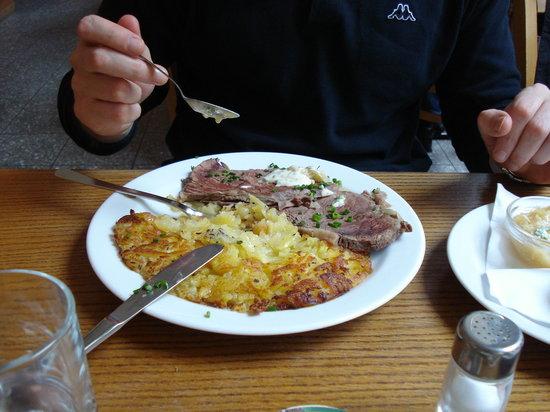 Photo of German Restaurant Schone Perle at Grosse Pfarrgasse 2, Vienna 1020, Austria