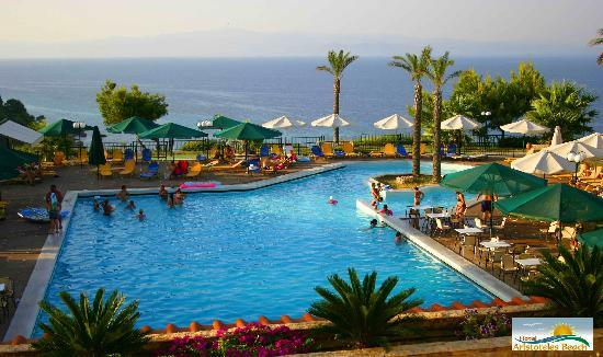 Aristoteles Beach Hotel: pool&view