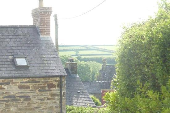 Helen's Bed & Breakfast: Beautiful views
