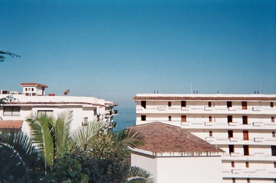 La Terraza Inn: The view from the terrace for Rooms 7-8