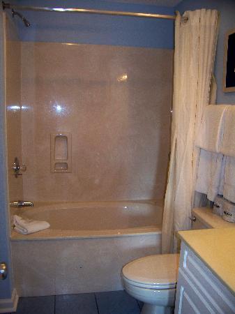 Plantation Resort: bathroom