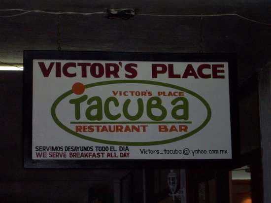 Victor's Place Cafe Tacuba: Victor's