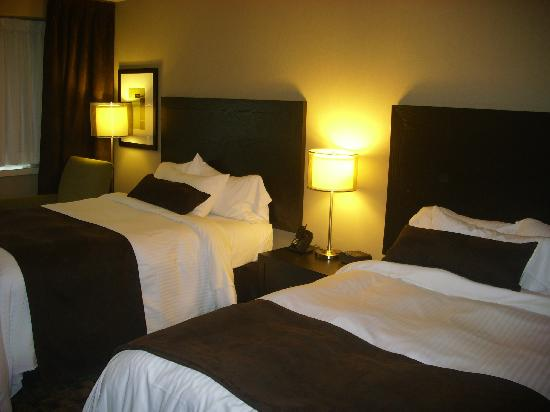 Moncton, Canada: double beds