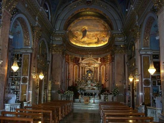 Santuario di Montallegro : interno