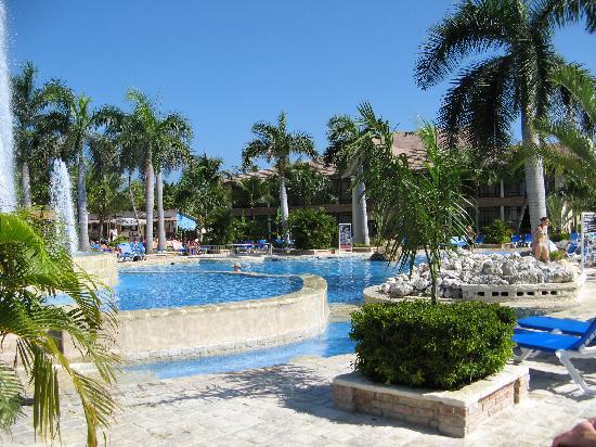 IFA Villas Bavaro Resort & Spa: at one of the pools