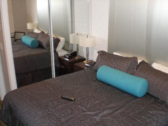 Sandman Kelowna Tower King Bedroom Suite Picture Of