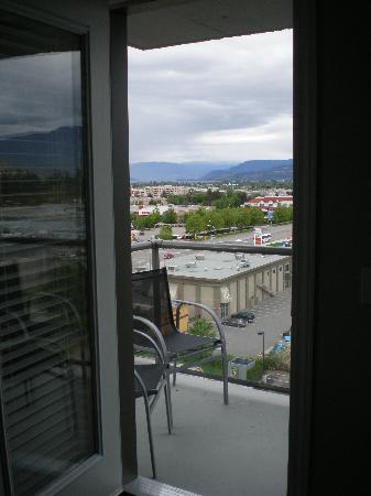 Sandman Hotel & Suites Kelowna: Sandman Kelowna Tower - Balcony Suite