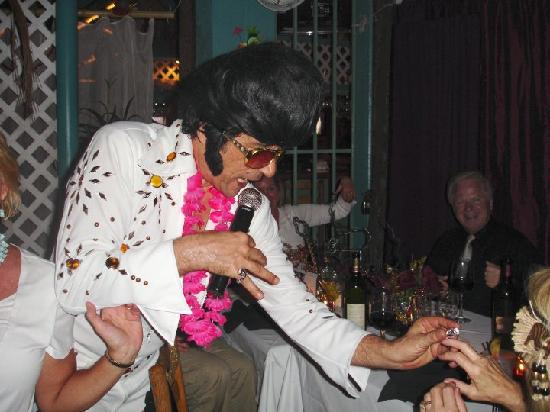 Parrot Key Caribbean Grill: Frank Torino is one of our most popular entertainers! He brings Vegas to Fort Myers Beach!