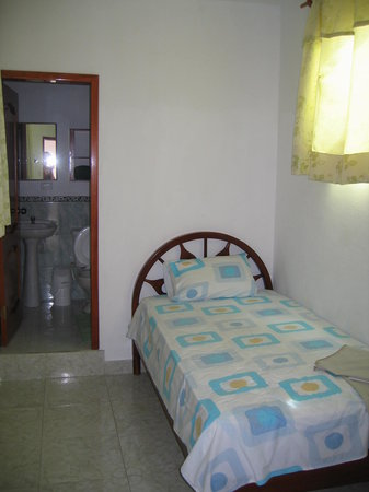 Single bed/bathroom (with A/C) at Hotel Espana
