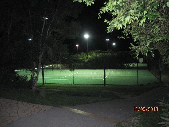 Carrara, Australia: Tennis Court