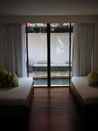 Abaca Boutique Resort: Sliding doors