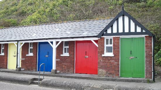 Cliff Lane House: Beach Huts.