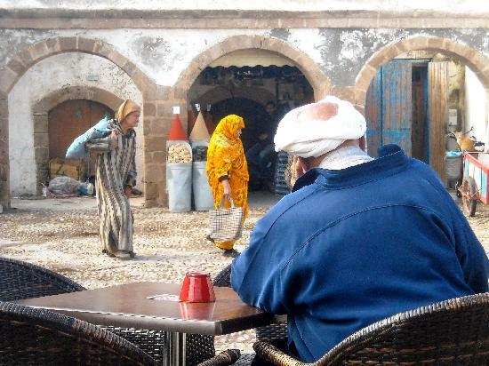 Εσσαουίρα, Μαρόκο: Caravanserraglio