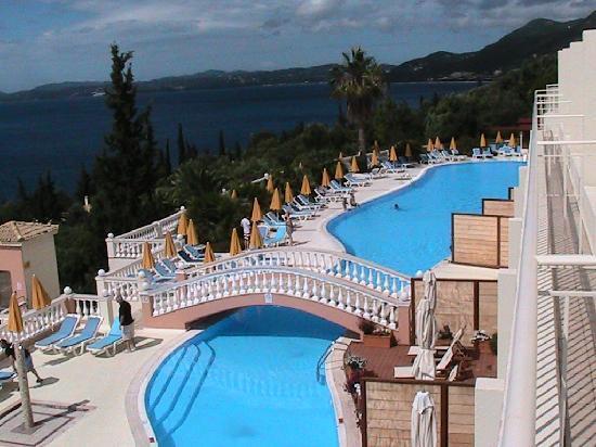 Nissaki, Hellas: Upstairs Pool