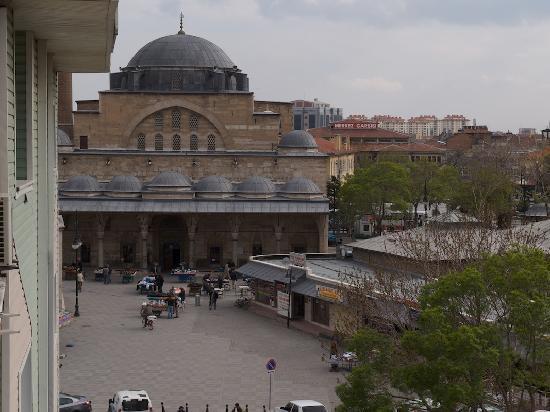 Hotel Ani and Sems: Blick aus dem Zimmer auf die Serafettin Moschee
