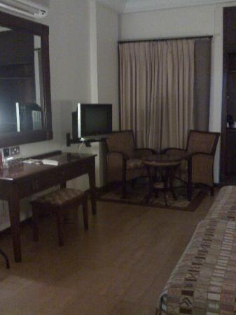 The African Regent Hotel: Bedroom