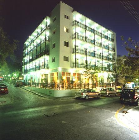 Annapolis Inn Art Hotel