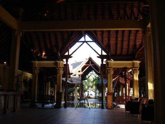 Beachcomber Paradis Hotel & Golf Club: hall dell'hotel
