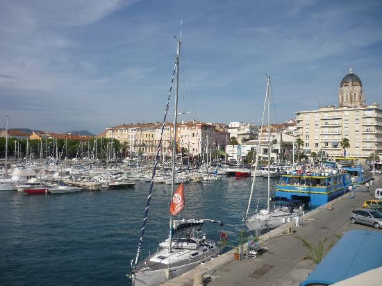 Saint-Raphaël, France : Port