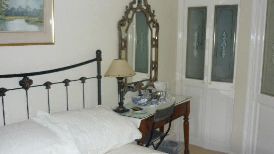 A & A Studley Cottage Bed and Breakfast : Room