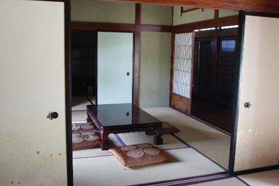 blick in die wohnung bild von eko haus der japanischen kultur e v d sseldorf tripadvisor. Black Bedroom Furniture Sets. Home Design Ideas