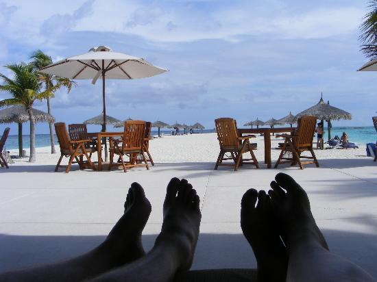 Veligandu Island Beach : Bar view