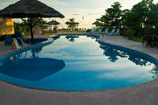 Borneo Divers Mabul Resort : Swimming Pool