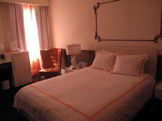 Hotel Vertigo: Nice deco room