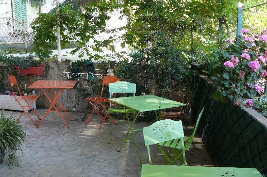 Hotel Esperanto: si può stare al fresco